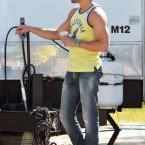 joe-matt-bomer-matthew-magic-mike-set-10112011-14-430x648