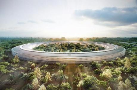 Apple's New Headquarters: A Spaceship in the Woods?