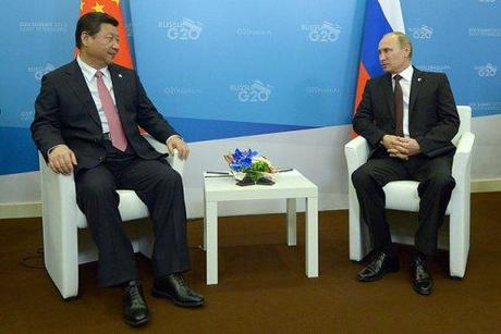 Chinese head of State Xi Jinping with Vladimir Putin.
