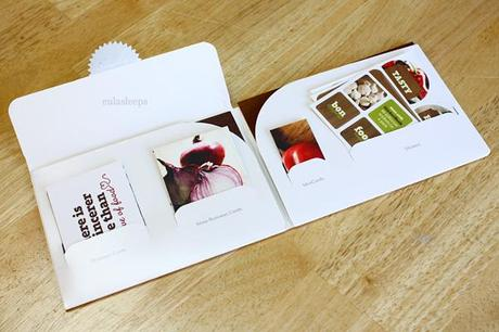 Totally cute totally convenient moo business cards paperblog sample pack totally cute totally convenient moo business cards reheart Images