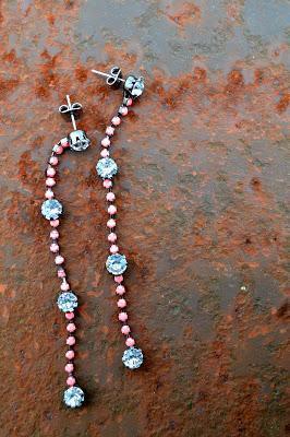 drop earrings, romwomen, neon pink