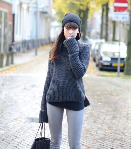 grey knit zara extra long sleeves