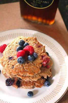 Hearty Whole Wheat and Oat Vegan Pancakes