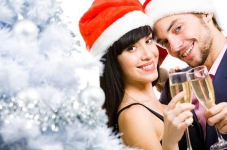holiday_couple_latina_love_1124_art