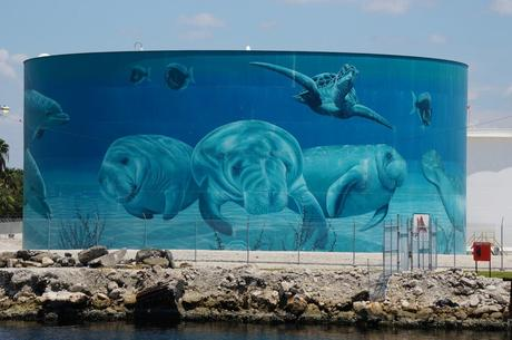 Amazing art on the side of an oil tank