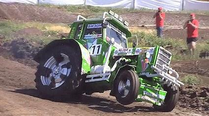 8 Jaw-Dropping Russian Tractor Videos