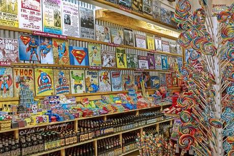 Rocket Fizz, Los Angeles, Westwood, California, candy store, comic books, super heroes, root beer, pop, HDR, retro, lollipop