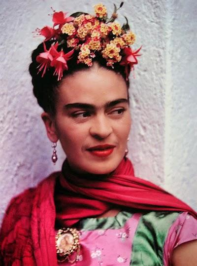 Magical Worlds: Life, Style and Personality of Frida Kahlo