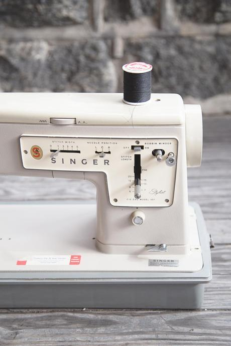 singer 427 3 of 5 Weekend: My New Singer Zig Zag Sewing Machine
