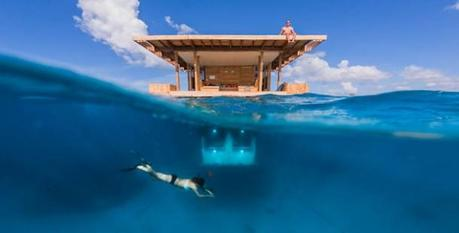 Manta Underwater Resort