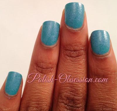 Sponging Manicure