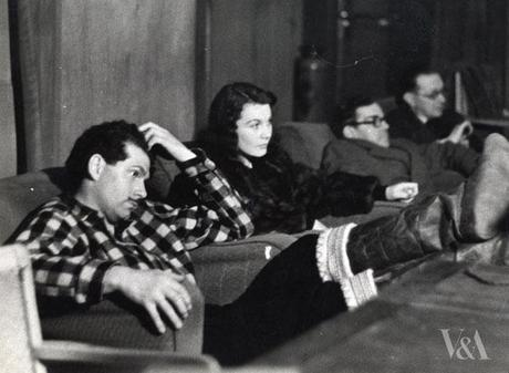 Laurence Olivier and Vivien Leigh 49th parallel