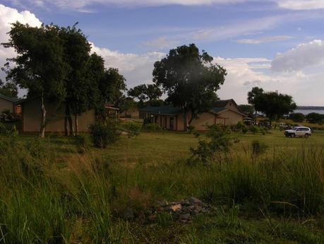 Solar eclipse Pakuba Lodge Murchison Falls