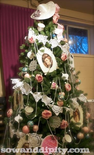 A Downton Abby Christmas Tree by Shelley Levis.