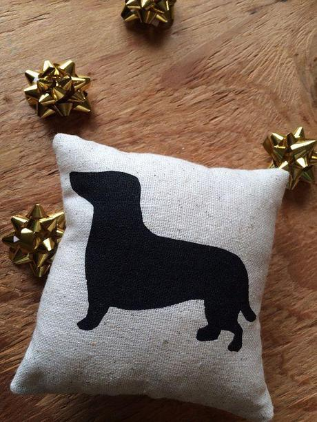 Dachshund Dog Silhouette Pillow / home decor, gift idea, christmas, stocking stuffer