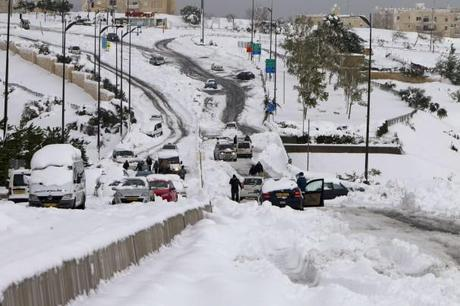 Snow in Cairo for 1st time in 100 years, Huge storm in Jerusalem, snow in summer Down Under