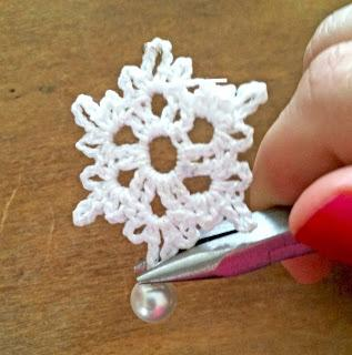 Ravelry: Small Snowflake pattern by Kathryn A. Clark