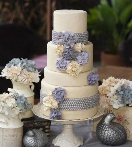 the most popular types of wedding cakes paperblog. Black Bedroom Furniture Sets. Home Design Ideas