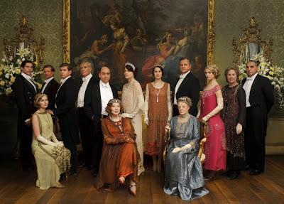 HAPPY (PERIOD) CHRISTMAS! DOWNTON ABBEY SPECIAL & DEATH COMES TO PEMBERLEY