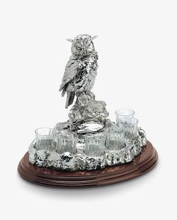 Exquisite owl glass stand