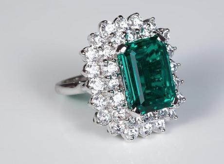 Sonal's Bijoux - Emerald Ring
