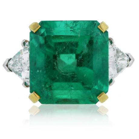 Huge emerald and diamond cocktail ring vintage style