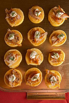 Smoked-trout-blinis