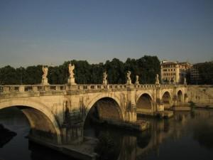 View of the river Tiber and the Sant'Angelo bridge