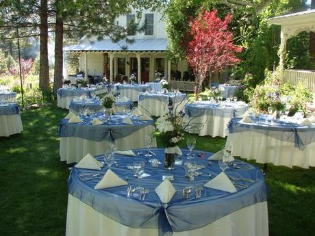 Table settings for garden wedding