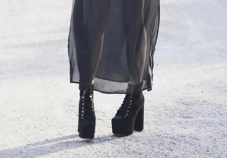 how to walk in black platform boots