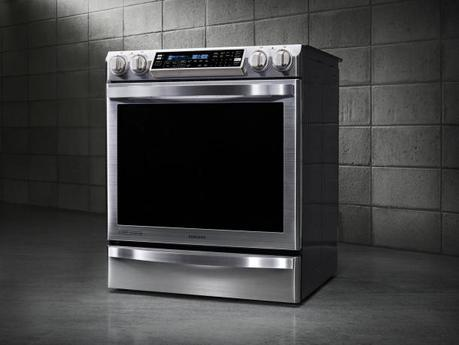 Chef Collection electric range from Samsung