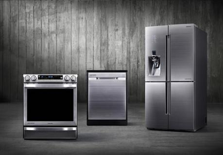 Chef Collection range dishwasher and refrigerator