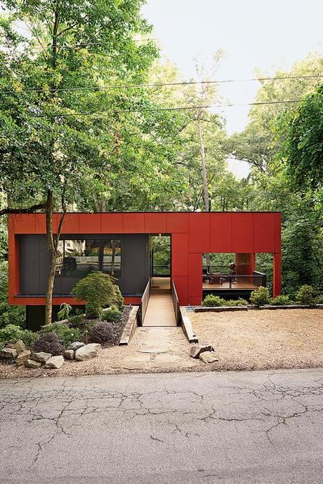 affordable modern home exterior in Atlanta
