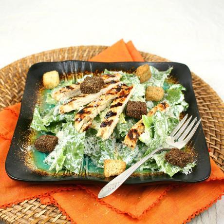 Roasted Garlic Chicken Caesar Salad - Paperblog