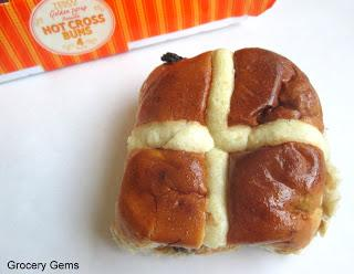 Review: Tesco Golden Syrup Hot Cross Buns