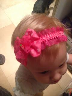 Review: STORE2LOVE Princess Lace Bow Elastic Hair Band