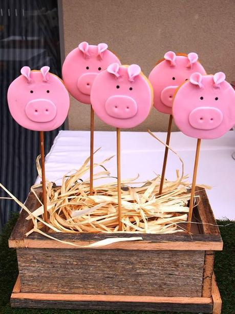 Super cute Farm Yard Party by Utterly Organised Events
