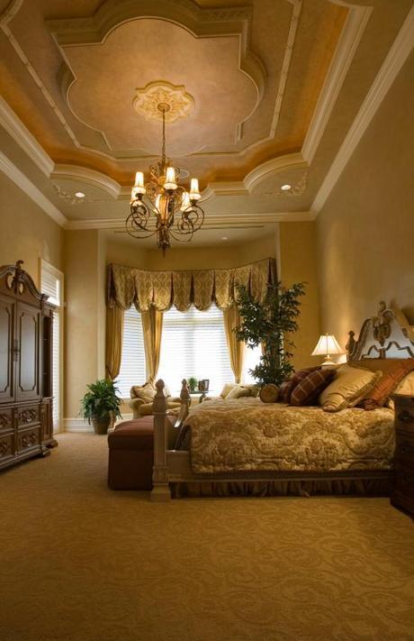 beuatiful neutral colors in an elegant bedroom