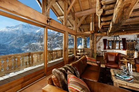 Romantic ski chalet in the French Alps