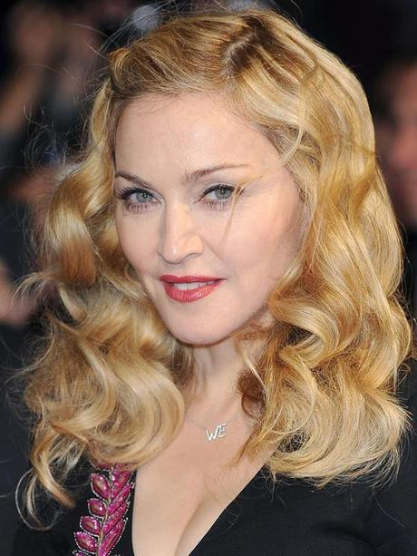 Swearing by it in style - Celebrities who use Mineral Makeup!