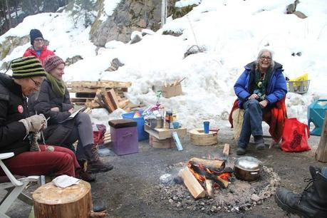 Sinixt and supporters at blockade fire, January 2014.
