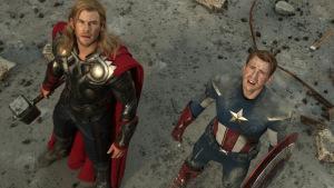 THOR (Chris Hemsworth) (L) and CAPTAIN AMERICA (Chris Evans) (R)