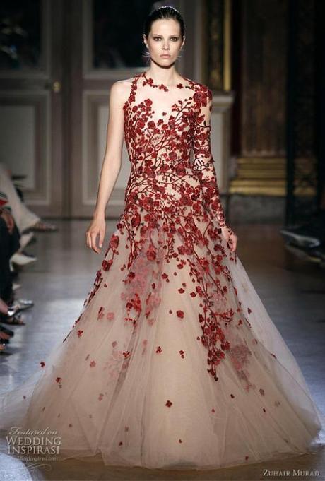 Thursday Fashion Blog: Valentine\'s Day Wedding Dress - Paperblog