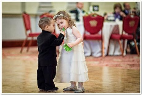 Cute wedding photography paperblog child photography in wedding junglespirit Choice Image