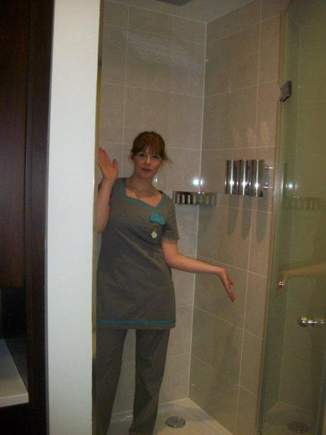 Reminiscing about work uniforms (including old pics!)