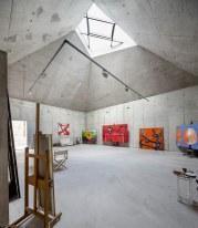 El estudio del pintor Arranz-Bravo by Garcés-De Seta-Bonet