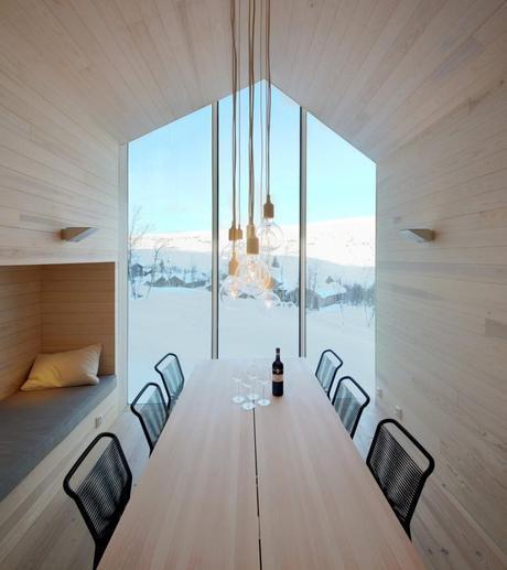 Split View Mountain Lodge by Reiulf Ramstad Arkitekter 8