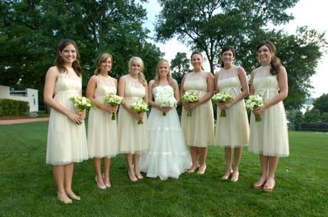 Shabby Chic bride and bridesmaids