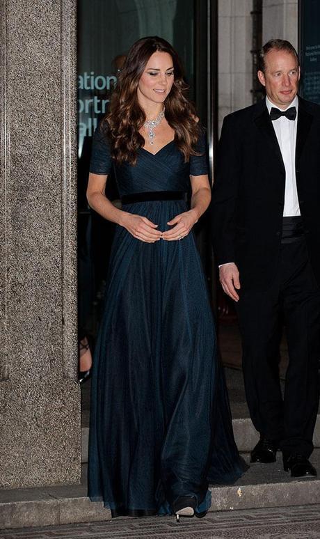 Duchess Kate wears Queen Elizabeth's diamond necklace