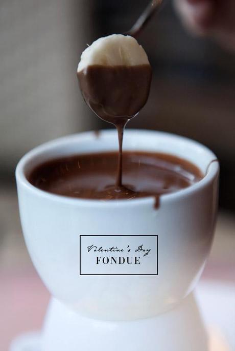 chocolate fondue bourbon chocolate fondue waffles with chocolate ...